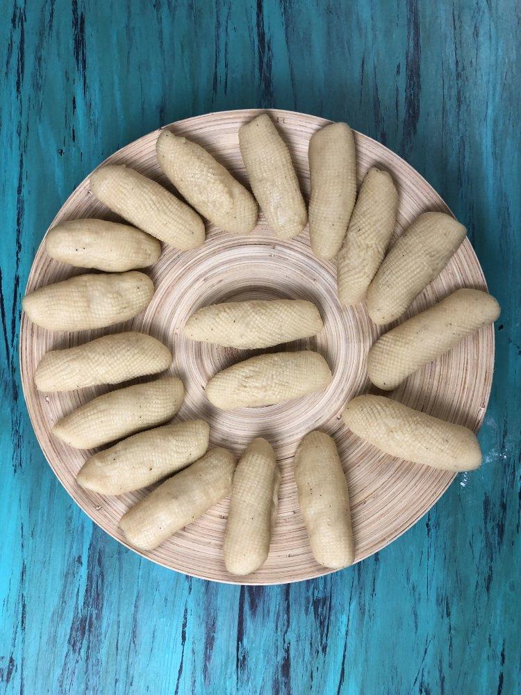 Khajur Recipe(Afghani Khajoor) shape